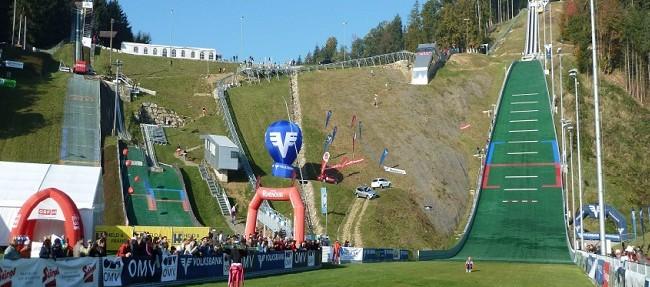 Skispringen in Hinzenbach